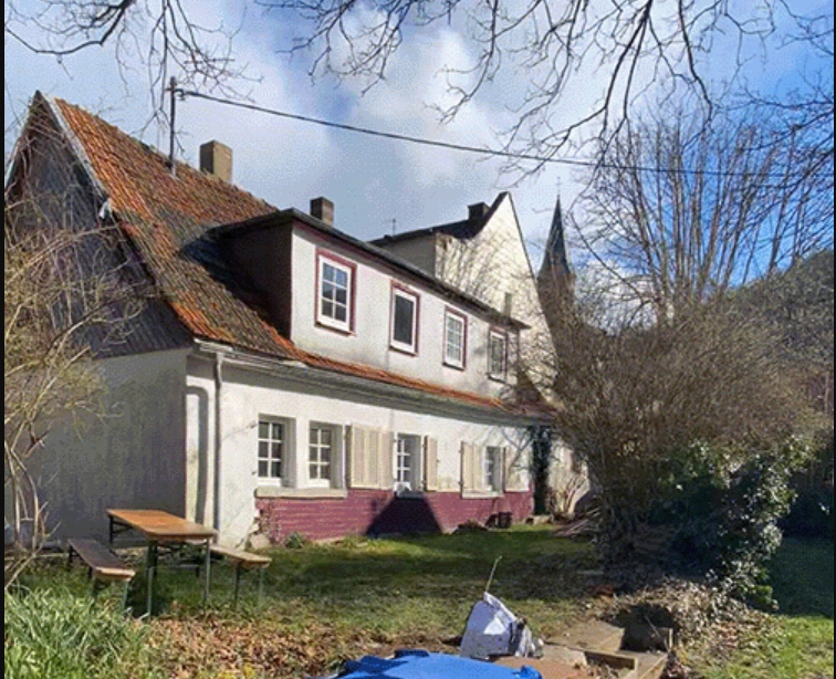 Eerste huis ter wereld uit Duitsland verkocht als NFT